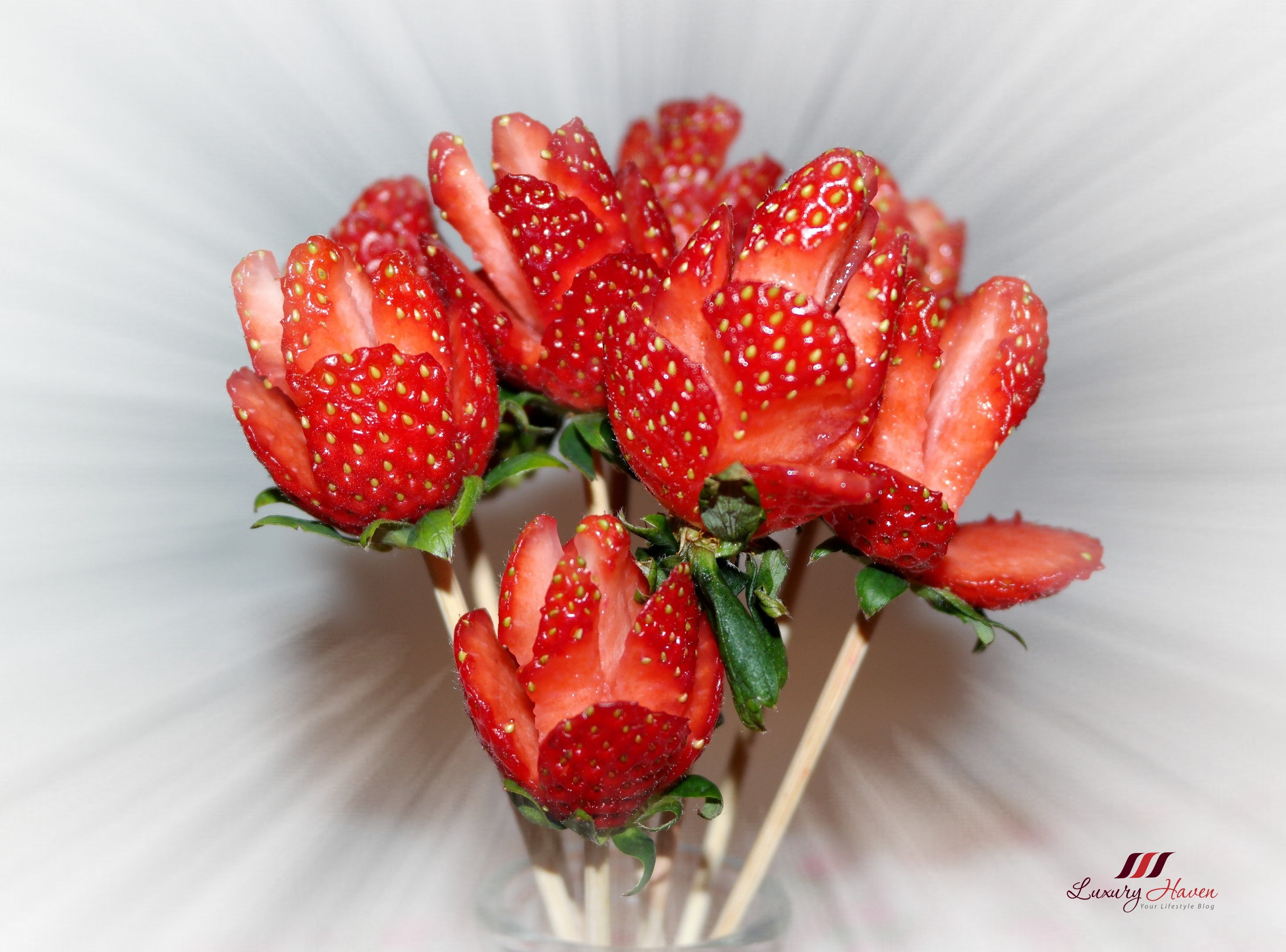 valentines day strawberry roses bouquet