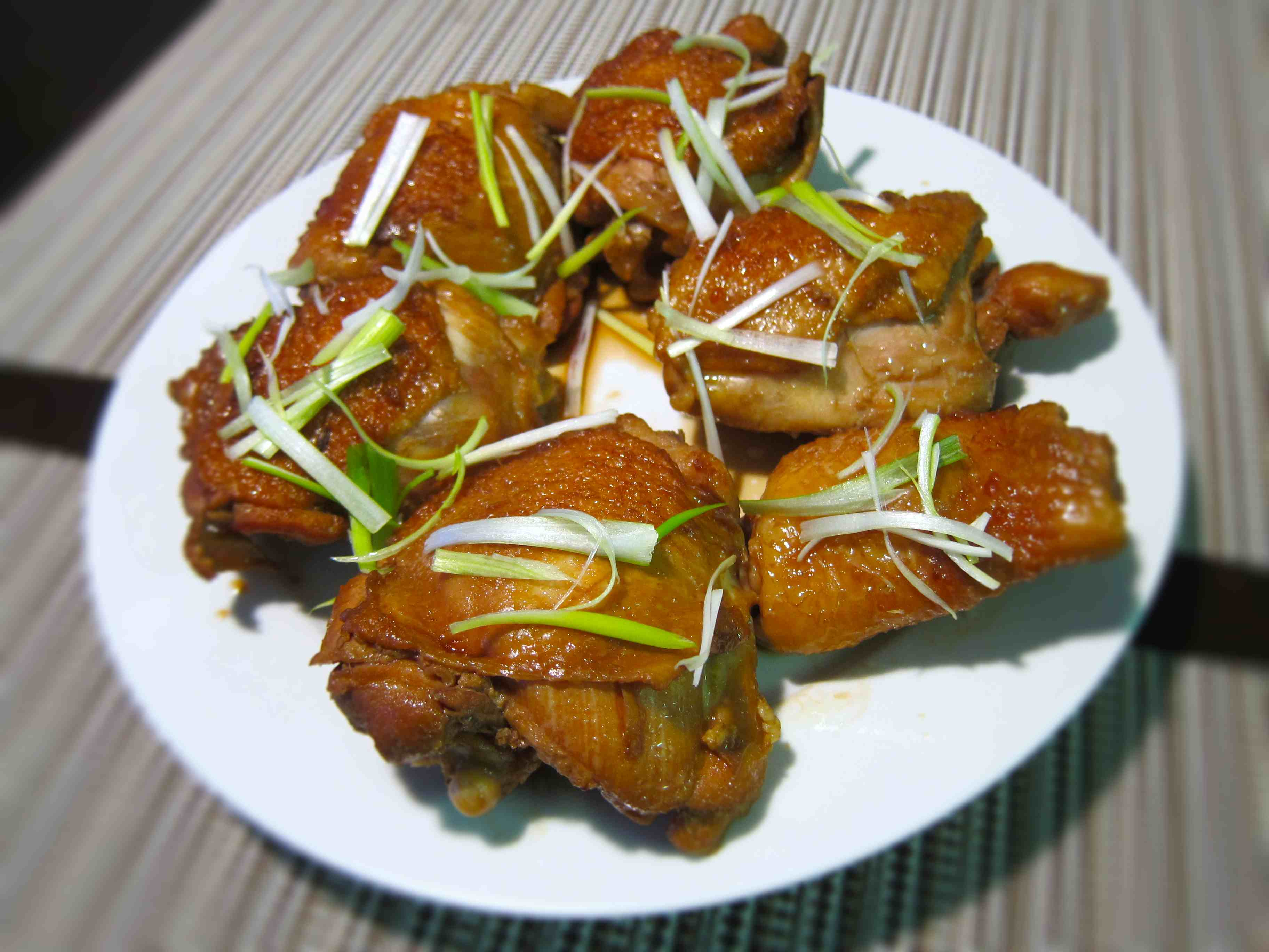 Foodista recipes cooking tips and food news soy sauce chicken soy sauce chicken thighs with chinese rose wine print this recipe forumfinder Gallery