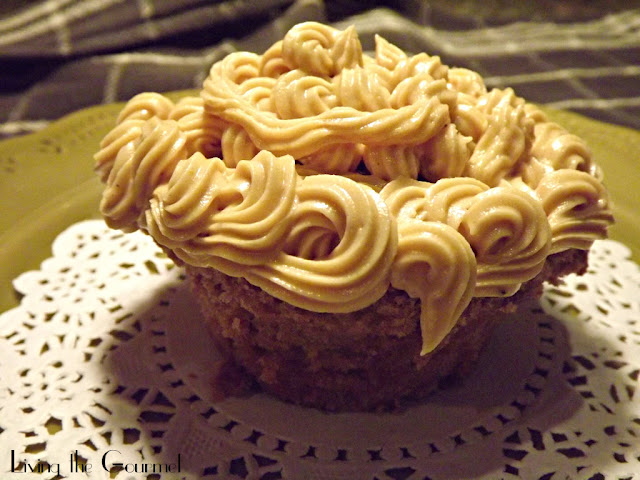 ... Food News   Chocolate Milk Cupcakes with Creamy Peanut Butter Frosting