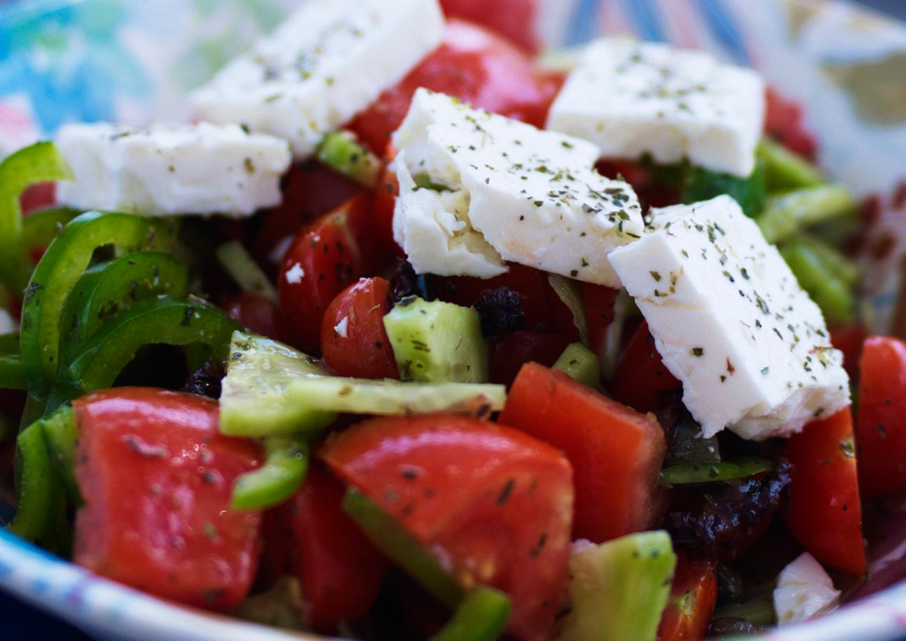 ... | Recipes, Cooking Tips, and Food News | Traditional Greek Salad