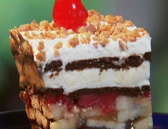 Banana Split Ice Cream Cake Ice cream banana split cake