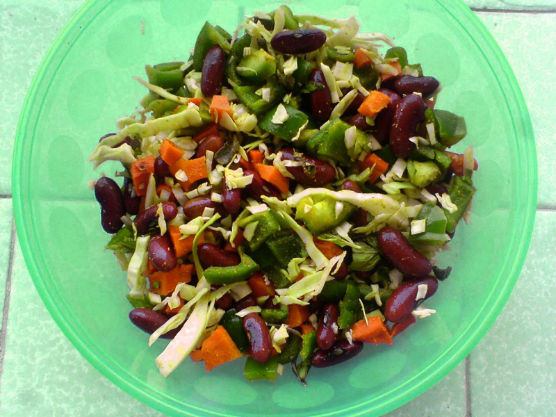 Foodista recipes cooking tips and food news kidney bean salad kidney bean salad recipe forumfinder Images
