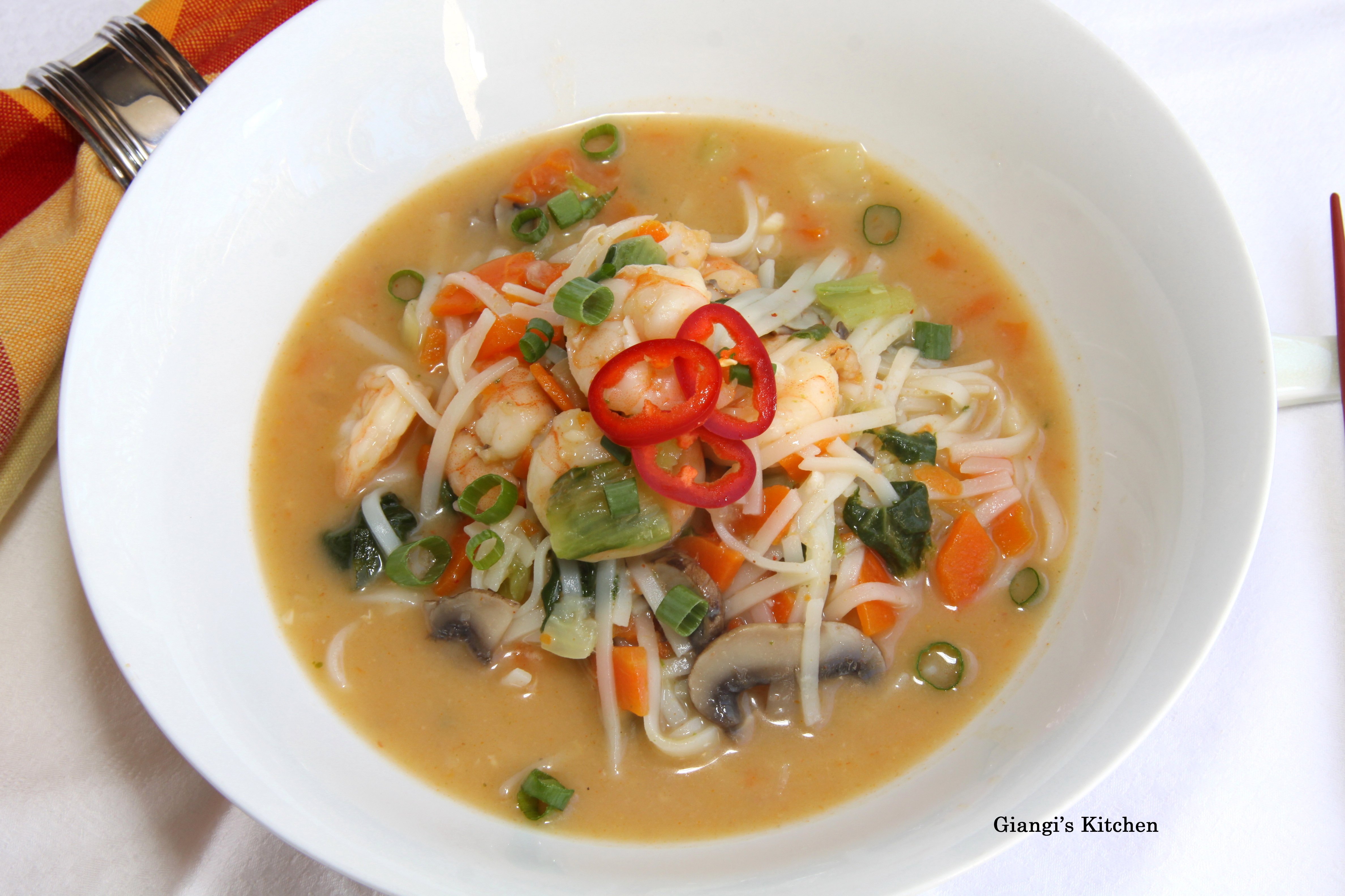 ... Tips, and Food News | Pad Thai Soup with Shrimps and Vegetables