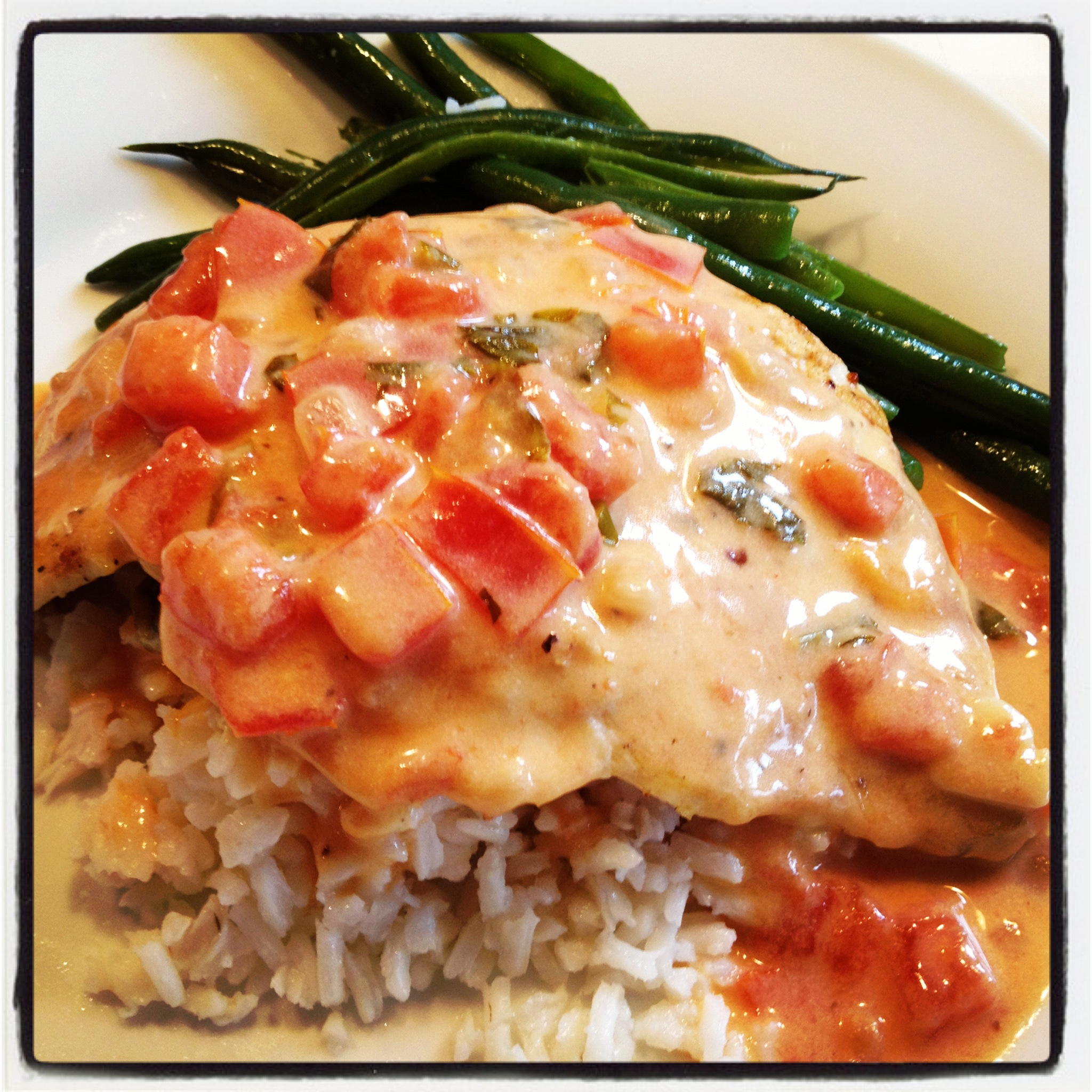 ... Food News | Grilled Chicken with Creamy Lemon, Tomato & Basil Sauce