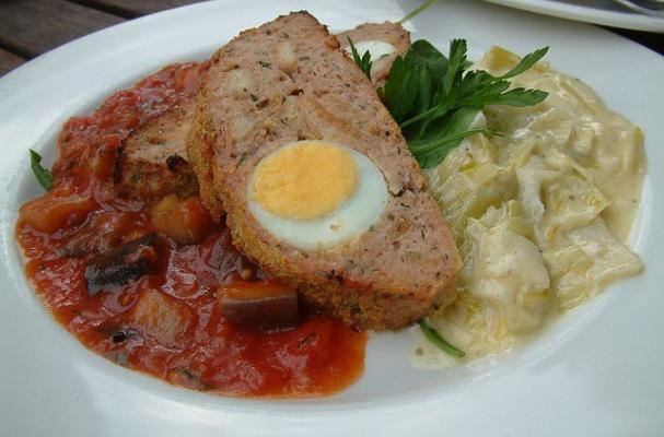 Foodista Recipes Cooking Tips And Food News Italian Meatloaf With Hard Boiled Eggs