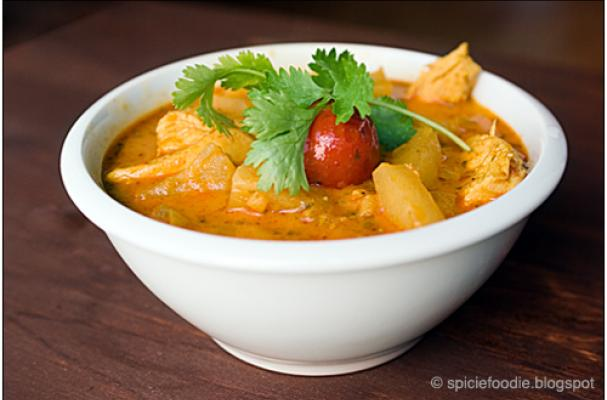 ... , Cooking Tips, and Food News | Luscious Thai Chicken Pineapple Curry
