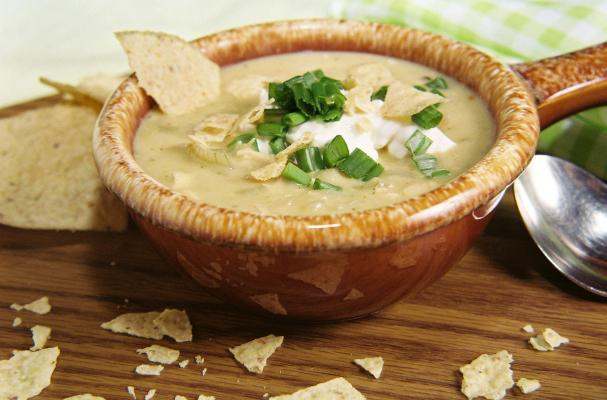 Creamy Chicken, Lime, And White Bean Chili