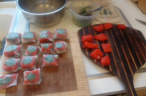Image of Asian Fusion Appetizer: Salmon & Asian Pesto Packages, Foodista