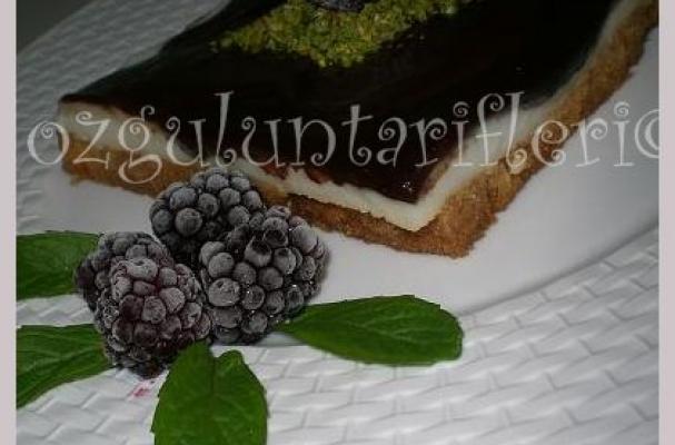 Image of Çikolata Soslu Karemelli Etimek Tatlısı, Foodista