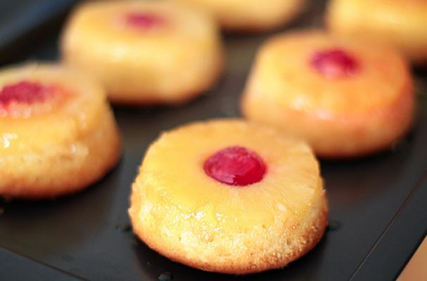 Easy Pineapple Cupcakes With Cake Mix
