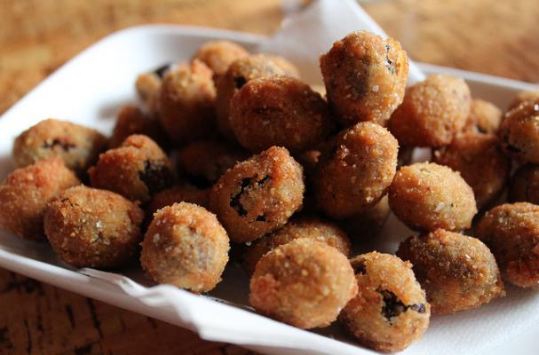 Fried Ripe Black Spanish Olives