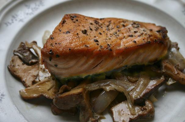 Pan Roasted Salmon with Chanterelle Mushrooms