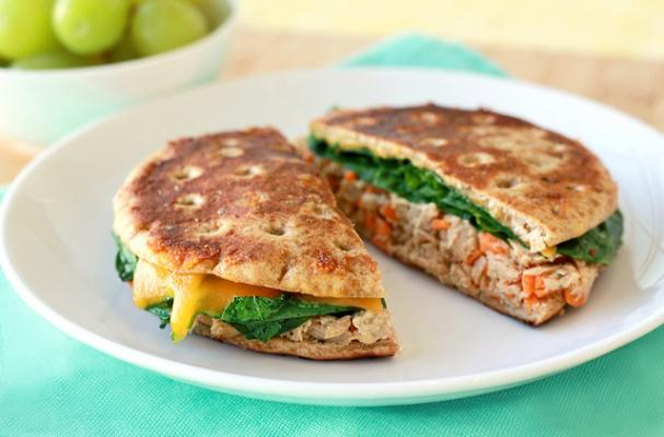 Foodista healthy and easy ranch style tuna sandwich for Is tuna fish healthy