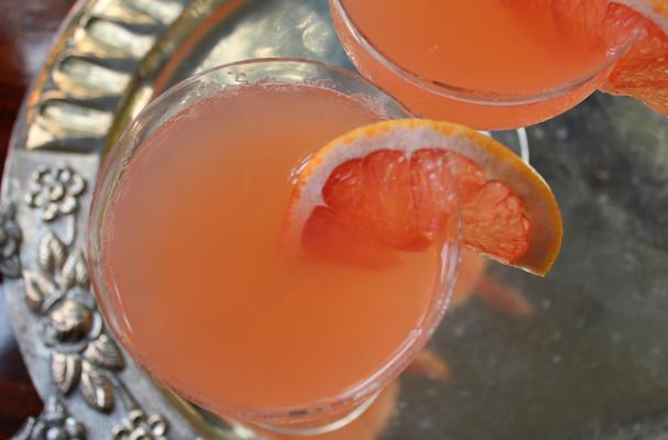 Moscato Whippet Cocktail