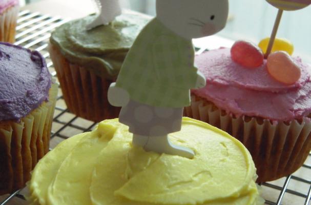 Gluten Free Vegan Easter Cupcakes