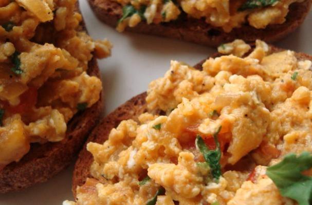 Indian-Style Eggs On Toast
