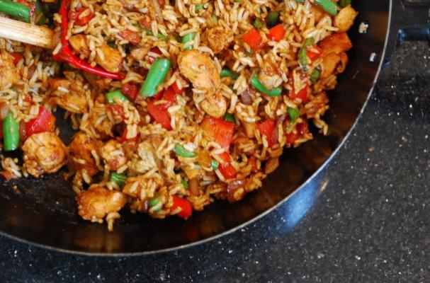 Foodista Spicy Singapore Style Chicken Fried Rice