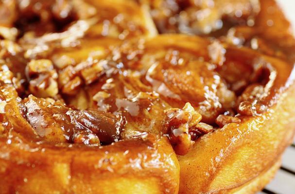 5 Amazing Cinnamon Roll Recipes