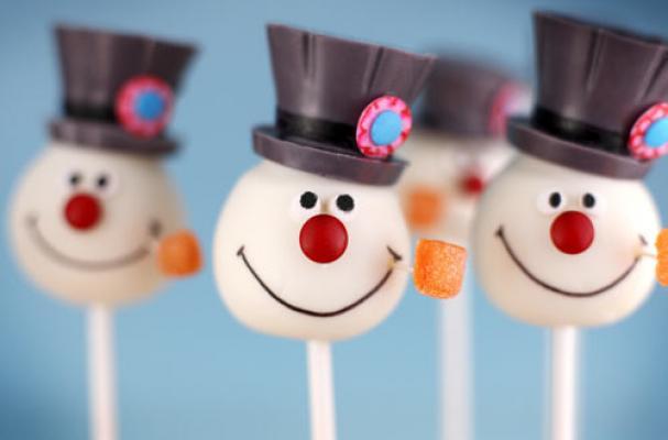 Frosty the Snowman Cake Pops