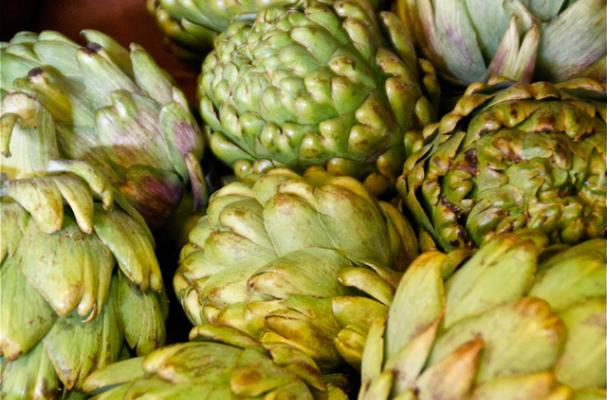 Foodista | How to Trim, Cook and Eat an Artichoke