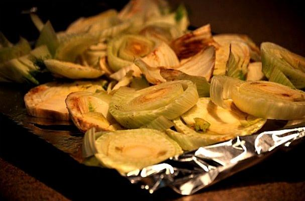 baked fennel crisps