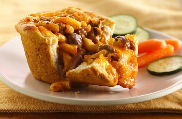 Chili Mac Pasta Pies