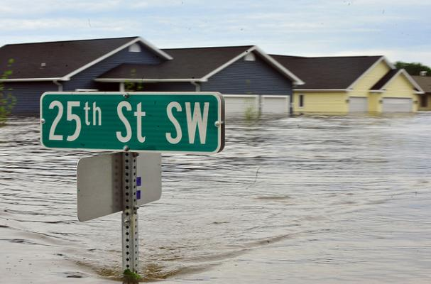 ... Microwave Meals to Food Bank for Minot, North Dakota Flood Relief