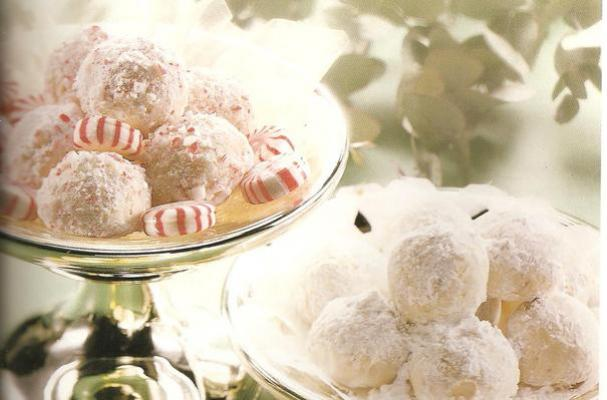 Easy Candy Cane Snowballs