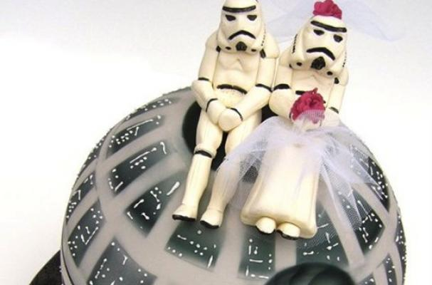 Foodista Star Wars Wedding Cake