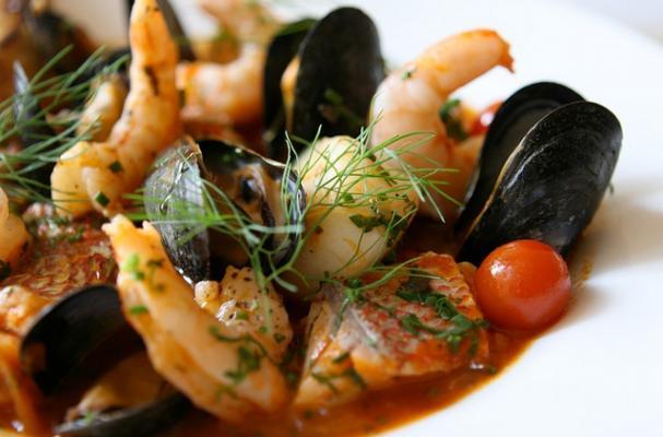 Foodista Cacciucco A Spicy Italian Fish Stew