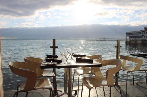 Foodista Seattle Waterfront S Six Seven Kicks Off Spring