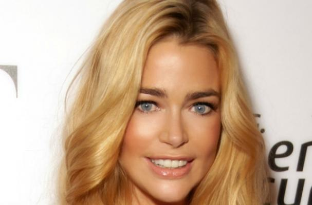 Denise Richards Wants to Treat you to Lunch