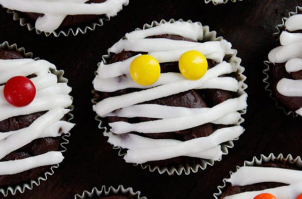 Low-Fat Chocolate Mummy Cupcakes