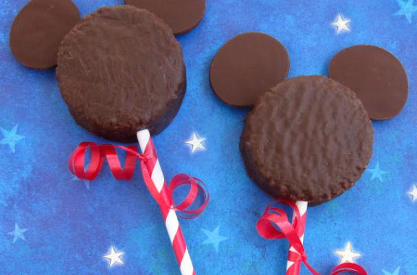 Foodista - Creative Confections Inspired by Beloved Disney ...