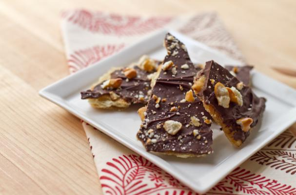 pecan toffee bark