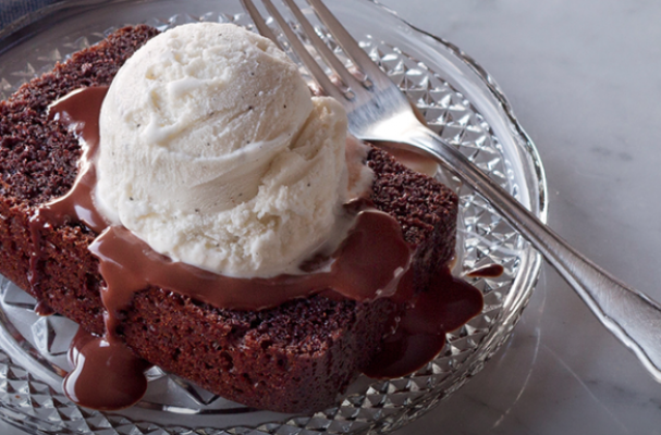 ... Holiday Baking: Steamed Chocolate Pudding Cake with Vanilla Ice Cream