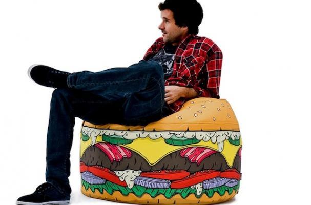 woouf burger pouf
