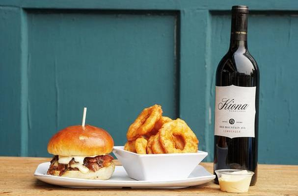 Uneeda burger and kiona wine