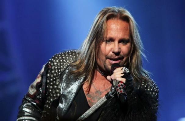 Vince Neil Kicked Out of Las Vegas Restaurant