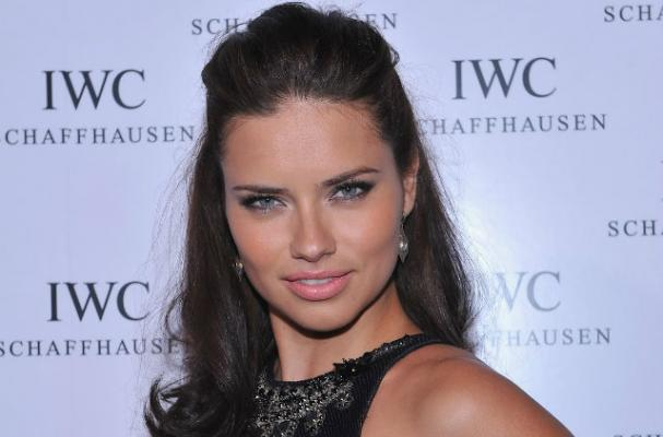 Adriana Lima Craves Beer and Duck During Pregnancy