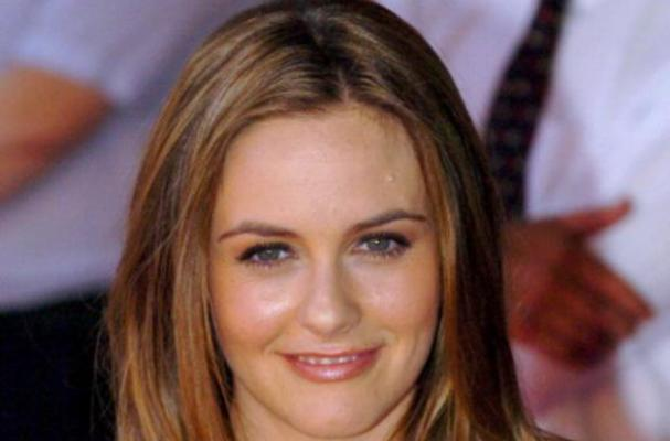 Alicia Silverstone Shares Vegan Dating Advice