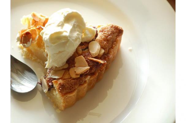 flourless tart