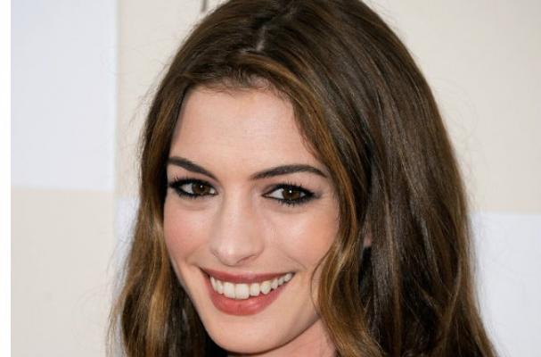 Anne Hathaway Serves Vegetarian Menu at Engagement Party
