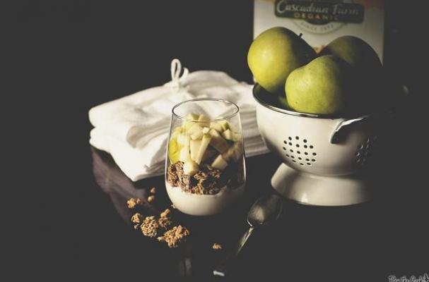 Apple and Granola Parfait