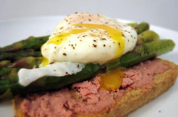 Poached Egg and Pand Seared Asparagus On Pate