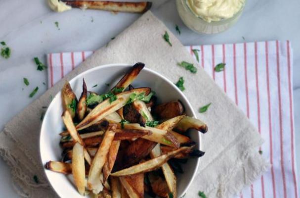 Baked Fries with Malt Vinegar Aioli