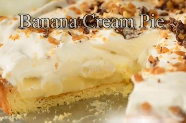 Beautiful Banana Cream Pie