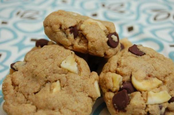 Foodista   Peanut Butter Cookies with Chocolate and Banana Chips