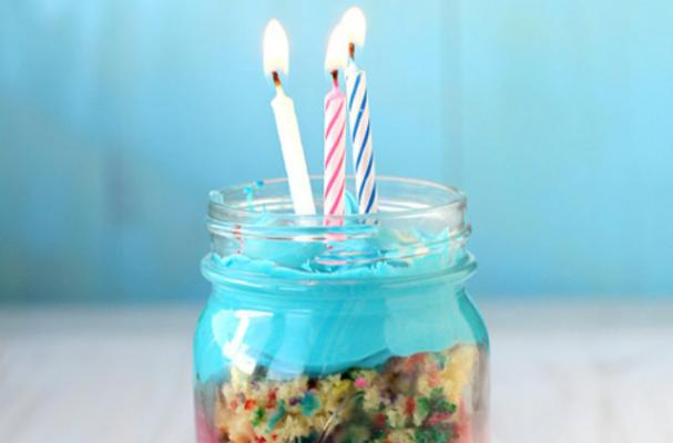 Pleasant Foodista Birthday Cake In A Jar Funny Birthday Cards Online Fluifree Goldxyz