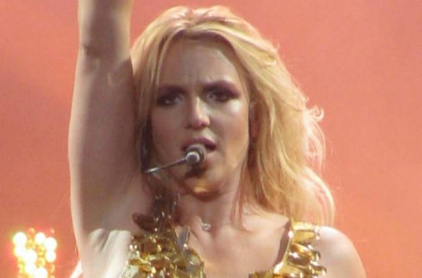 Britney Spears Wants to Serve Comfort Food at her Wedding